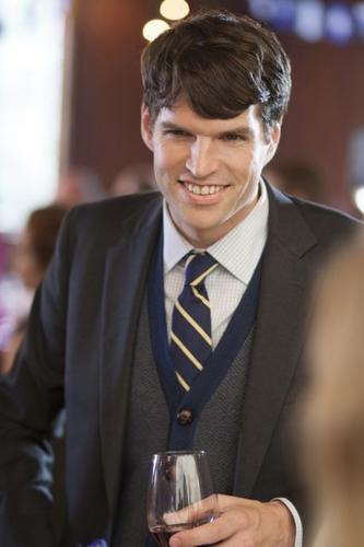 """Timothy Simons plays fired White House staffer Jonah Ryan on HBO's """"Veep."""" The Maine native moved to Chicago after college and worked in theater for about six years before moving to Los Angeles."""