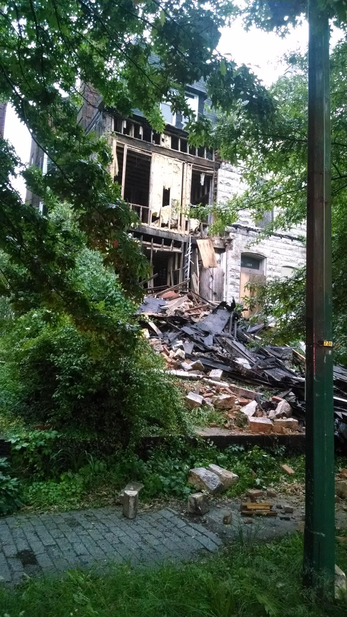 Abandoned house collapses on Mount Royal Terrace