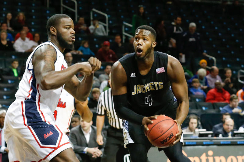 Robert Carter averaged 11.4 points and 8.4 rebounds as a sophomore.