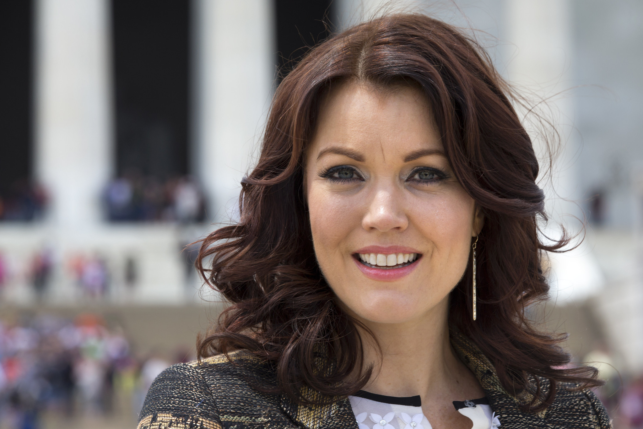 bellamy young salary