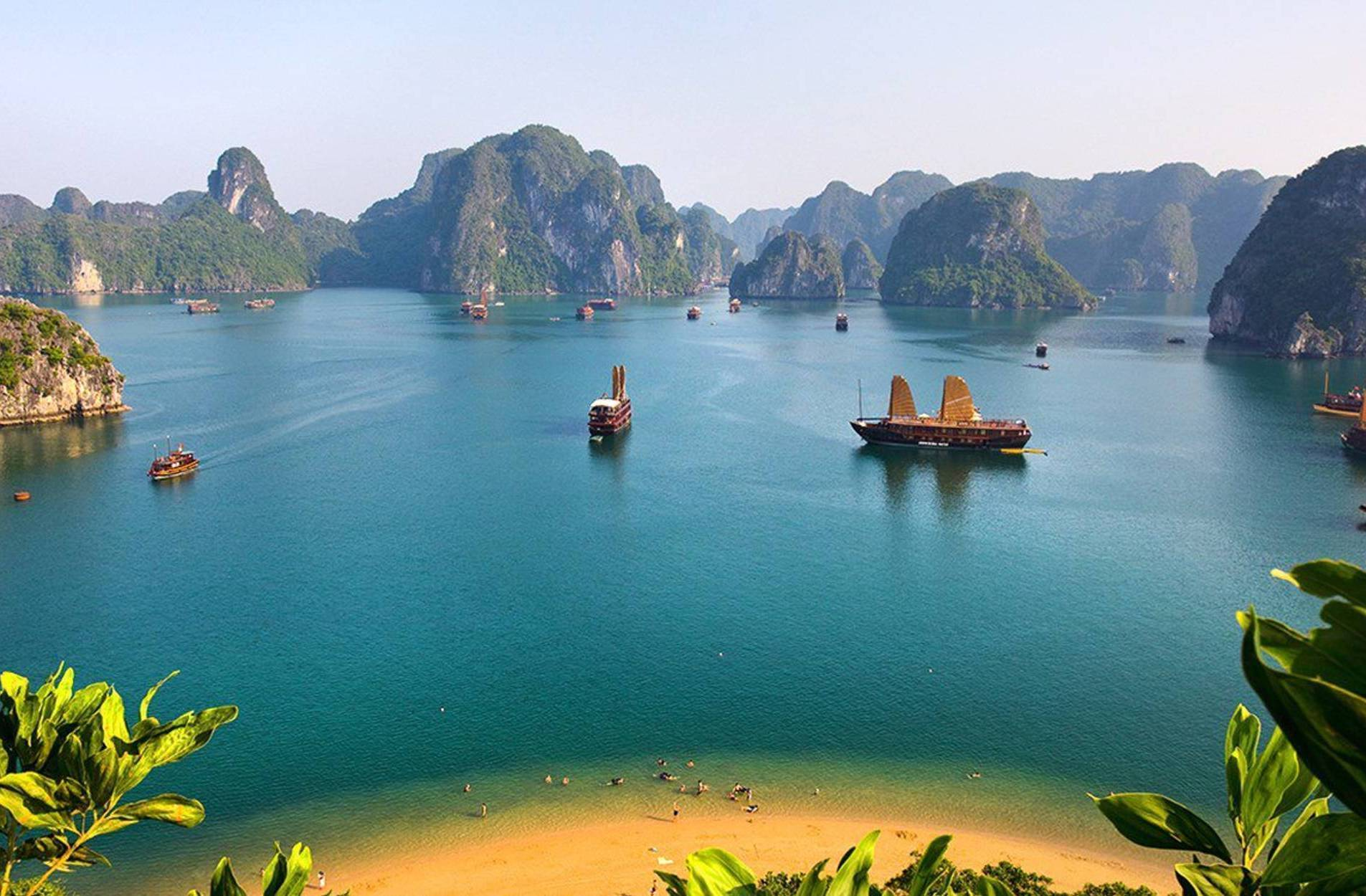 Vietnam: Fall tour highlights five cities and Halong Bay