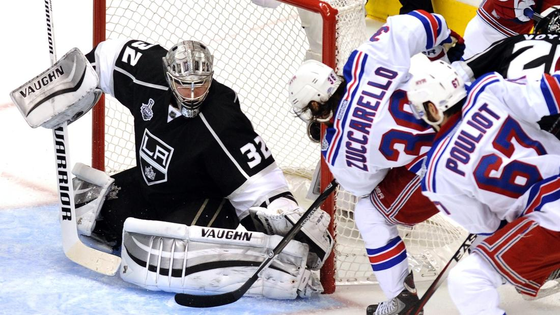 Kings Beat Rangers, 3-2, In Overtime In Game 1 On Justin Williams' Goal