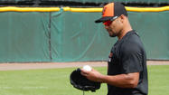 Orioles' Johan Santana tears left Achilles tendon, out for 2014 season