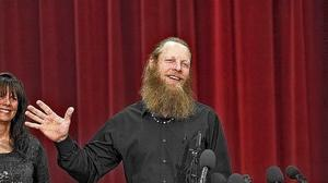 Bowe Bergdahl's father receives death threats