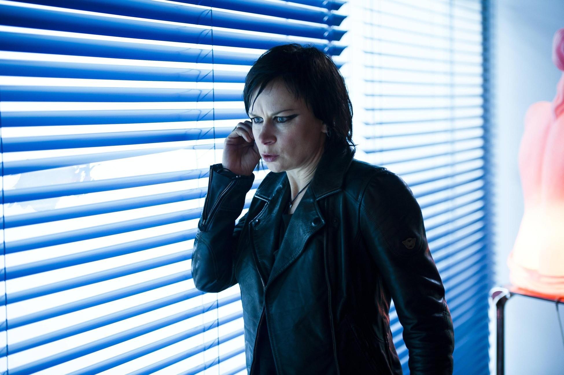 Chloe (Mary Lynn Rajskub) finds new information for Jack