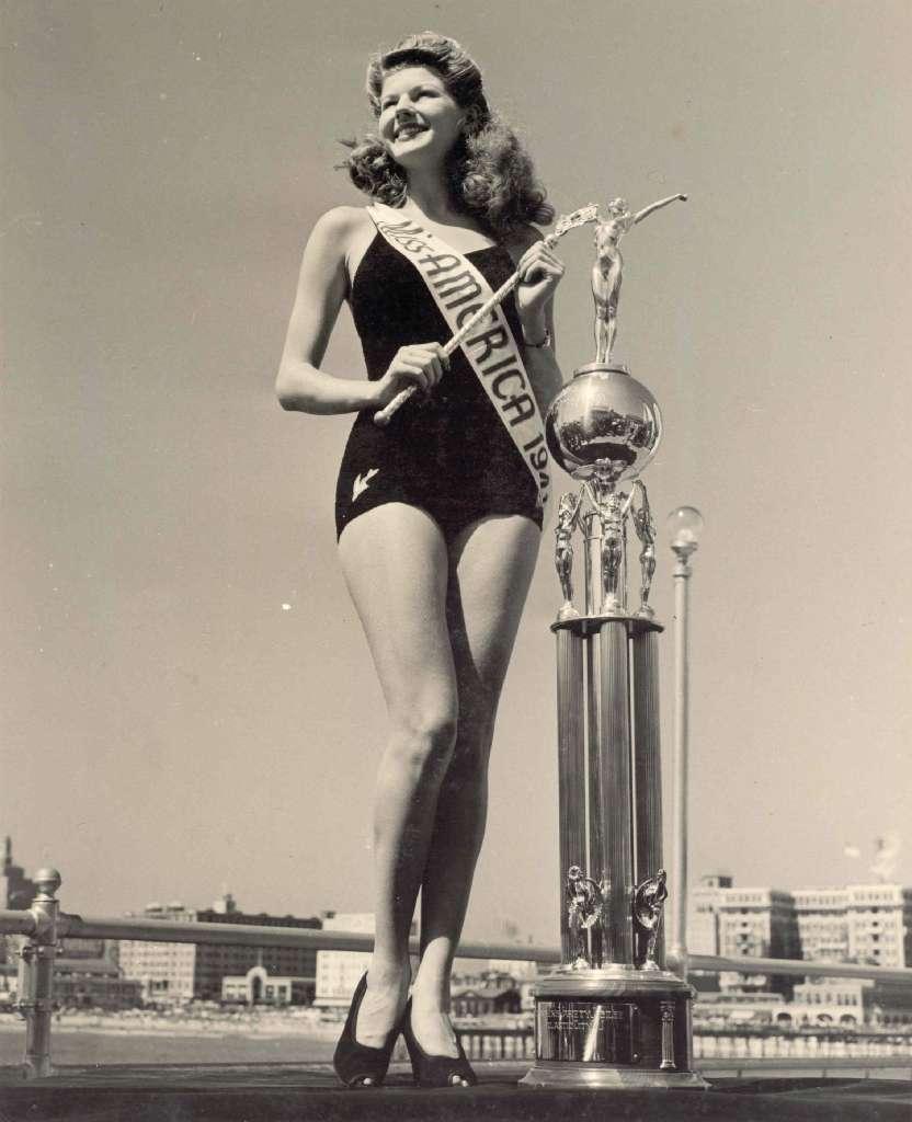 ROSEMARY LAPLANCHE 8X10 Lab Photo B&W MISS AMERICA '41 ...