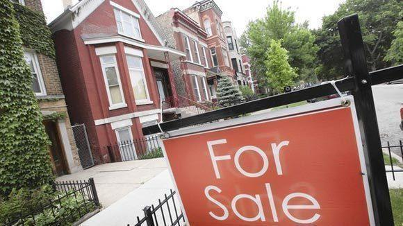 Chicago home prices climbed 20 percent in the first quarter, according to a DePaul study.