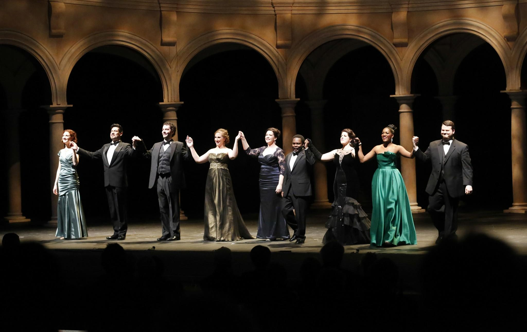 Final curtain of the Ryan Opera Center at Lyric Opera of Chicago, Rising Stars in Concert.