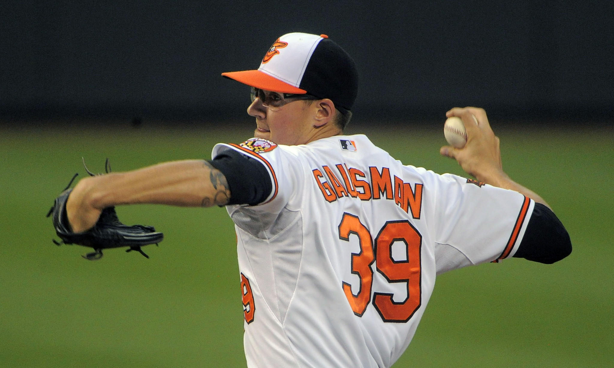 Kevin Gausman pitches against the Blue Jays.