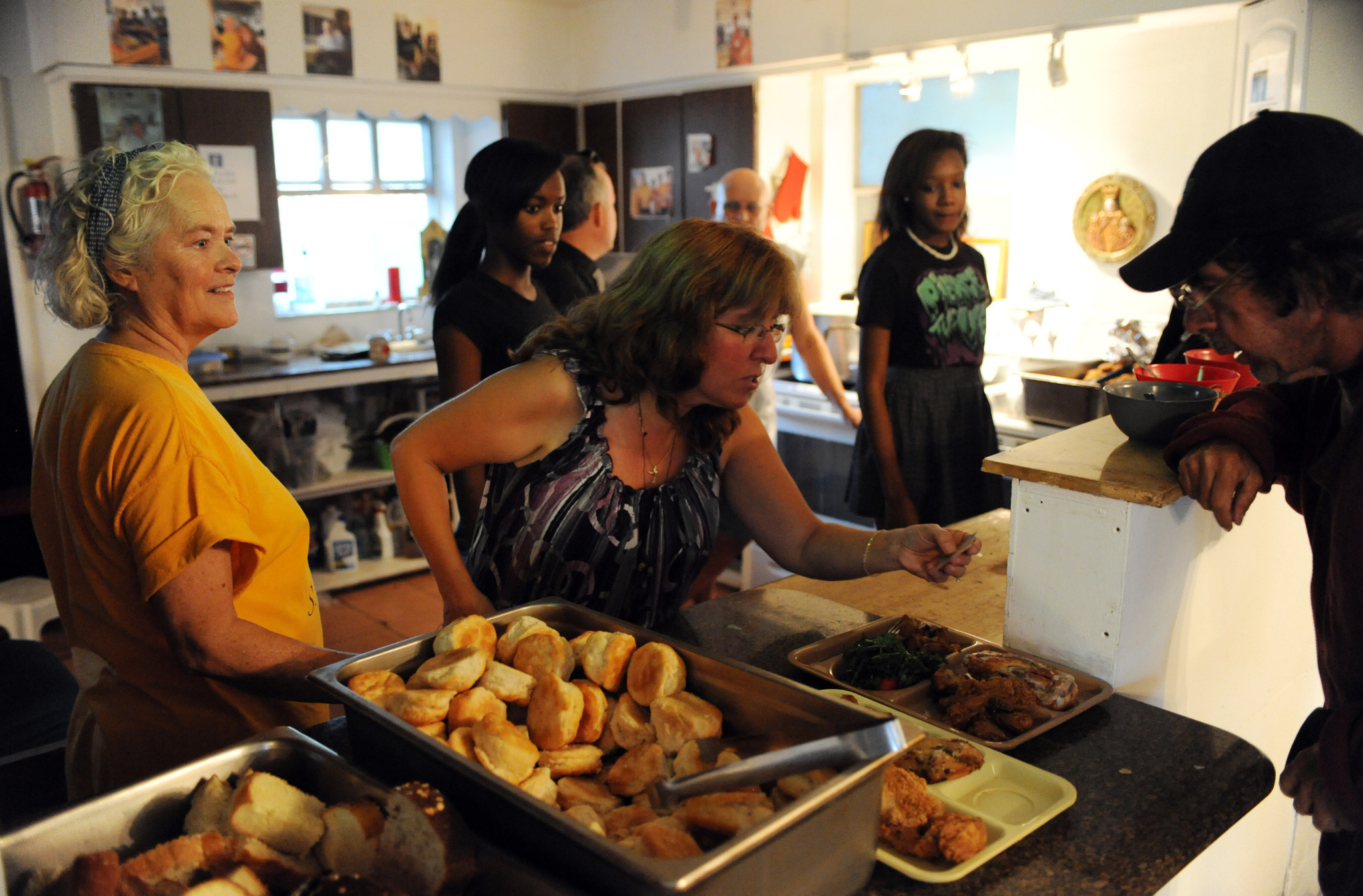 Soup Kitchen Meal Photos All Saints Catholic Mission And Soup Kitchen Sun Sentinel
