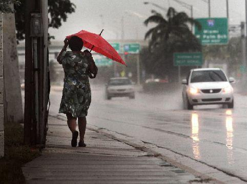 Rain settle over parts of Broward County on Tuesday morning. There is a 50 percent chance of rain throughout the day.