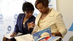 Thirteen vie to host Obama library