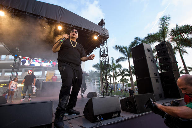 MIAMI, FL - JUNE 14: Entertainer Fat Joe performs after  the game between the Miami Marlins and the Pittsburgh Pirates at Marlins Park on June 14, 2014 in Miami, Florida.