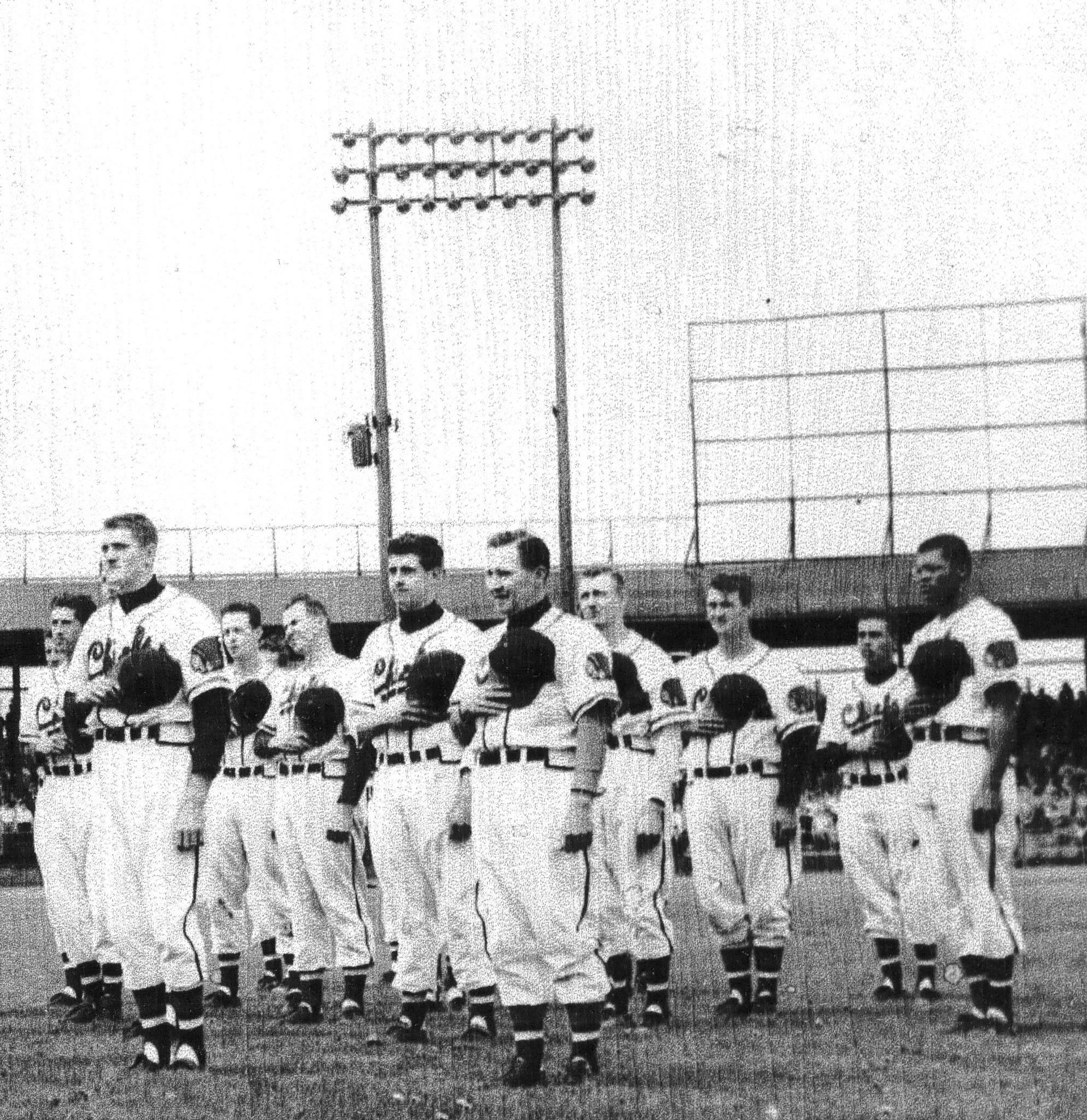 George Crowe, far right, played with the Hartford Chiefs in 1950.