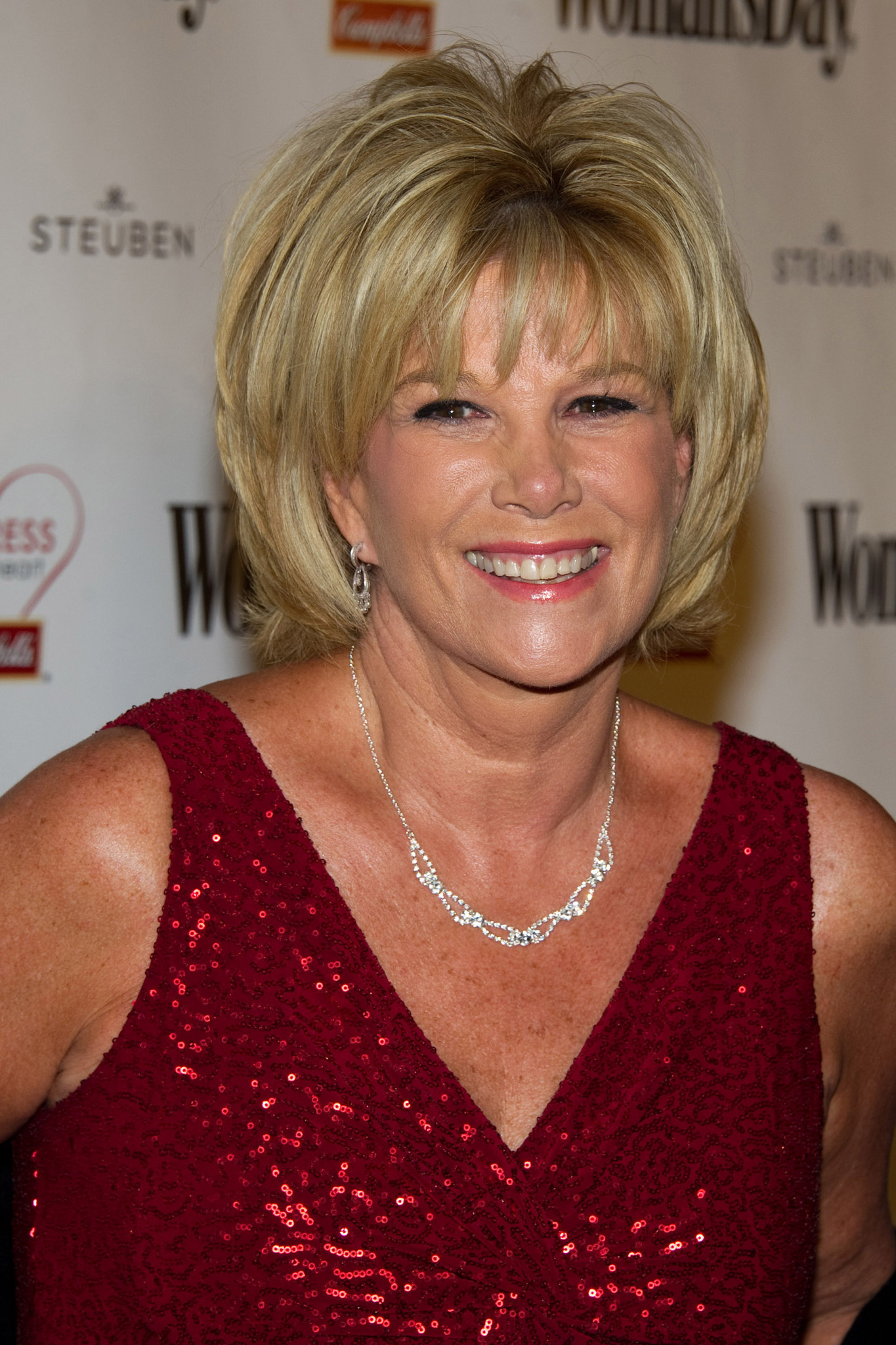 entertainment gossip la et mg joan lunden breast cancer good morning america story.
