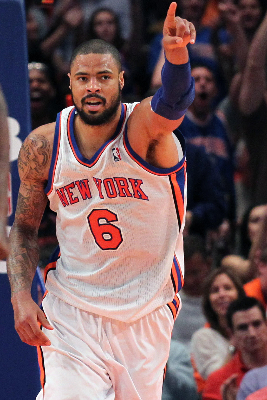 New York Knicks center Tyson Chandler reportedly is headed back to the Dallas Mavericks.