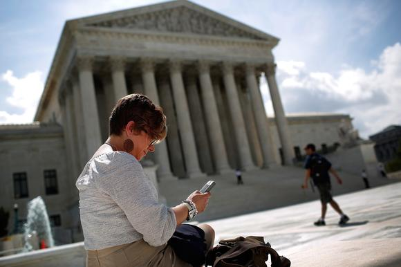 Supreme Court limits police searches of cell phones