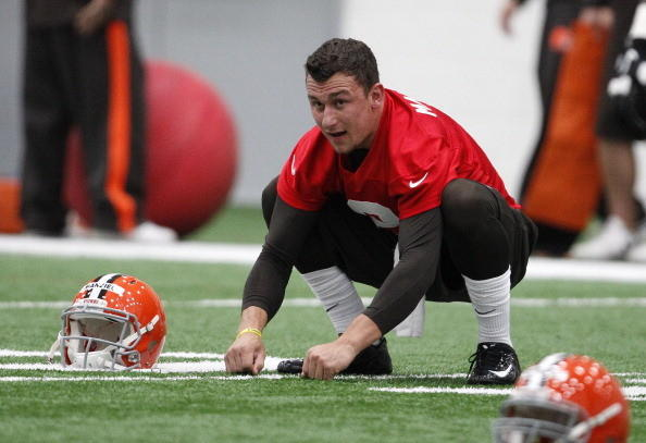 Cleveland Browns draft pick Johnny Manziel #2 works out during the Cleveland Browns rookie minicamp on May 17, 2014 at the Browns training facility in Berea, Ohio.
