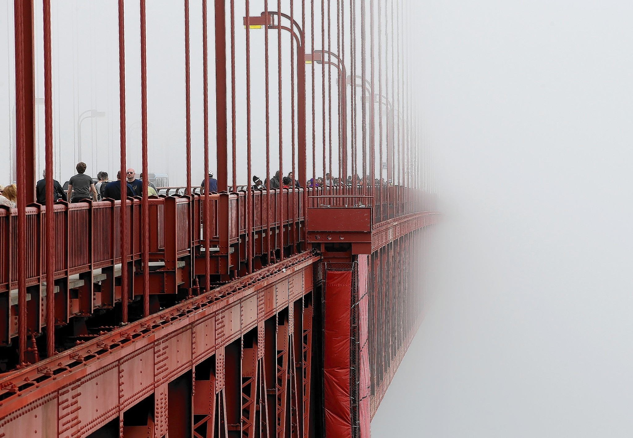 Bridge over troubled discourse: the influence of the Golden Gate