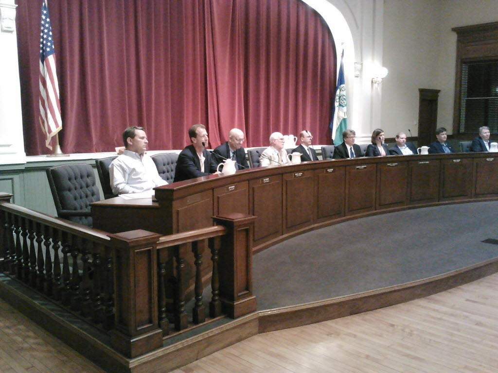 The La Grange village board of Monday supported a resolution to oppose grade separation at the intersection of 47th Street and East Avenue.