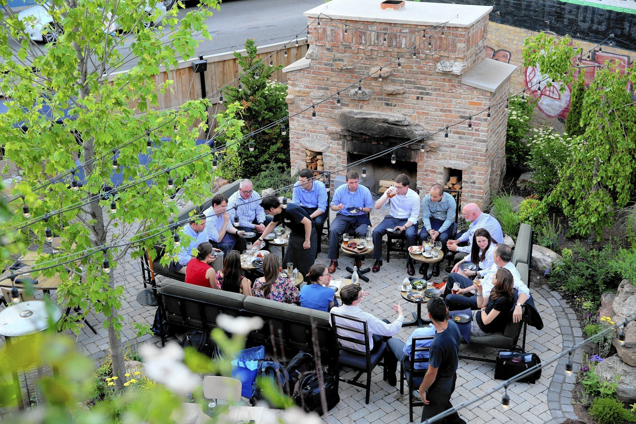 51 places to dine outside in chicago chicago tribune