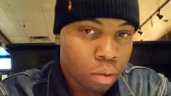 Kevin Baker, 19, was robbed of his cell phone and shot in the head in the Oak Lawn neighborhood.