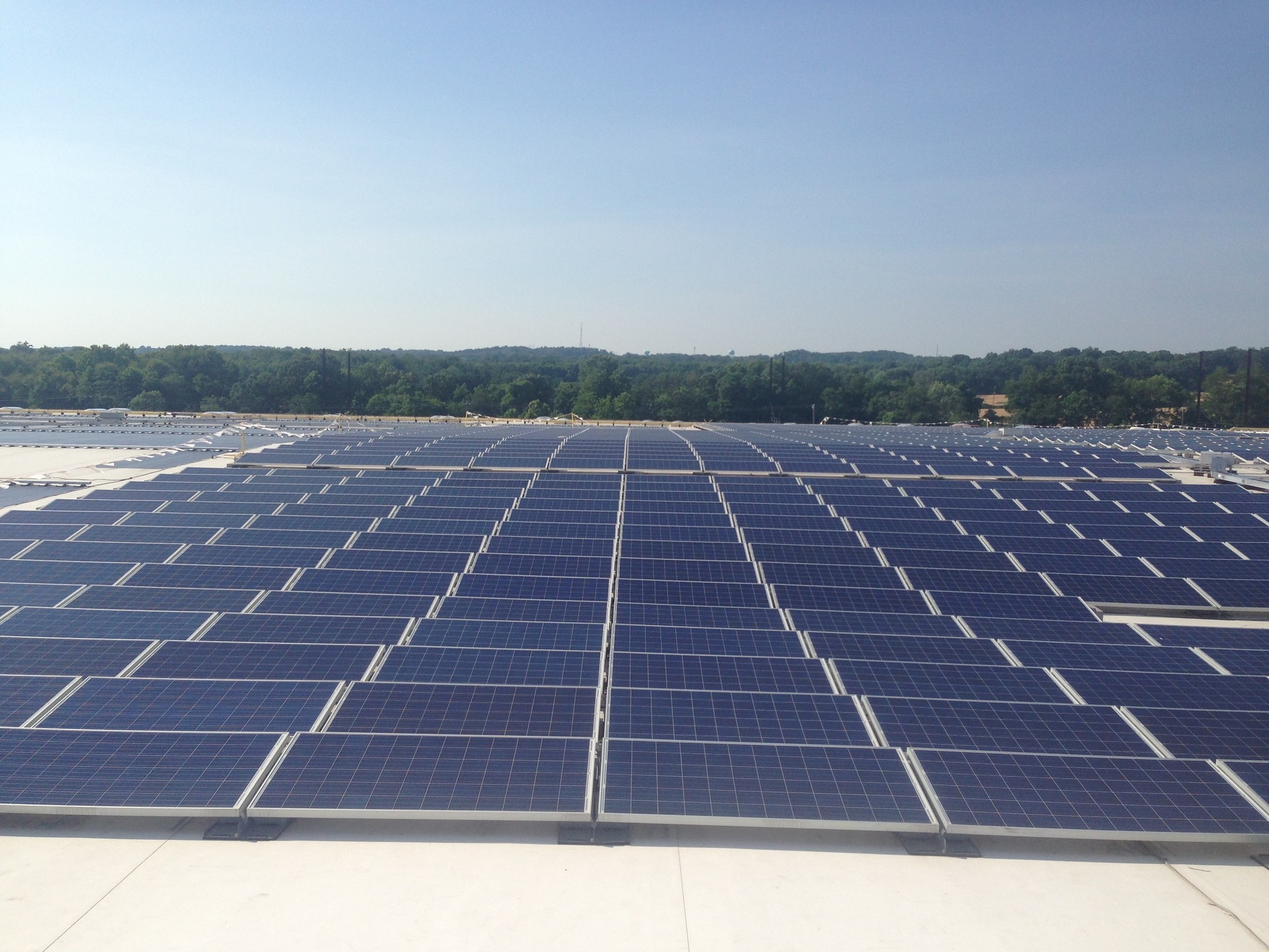ikea expands rooftop solar panel system atop perryville distribution center baltimore sun. Black Bedroom Furniture Sets. Home Design Ideas