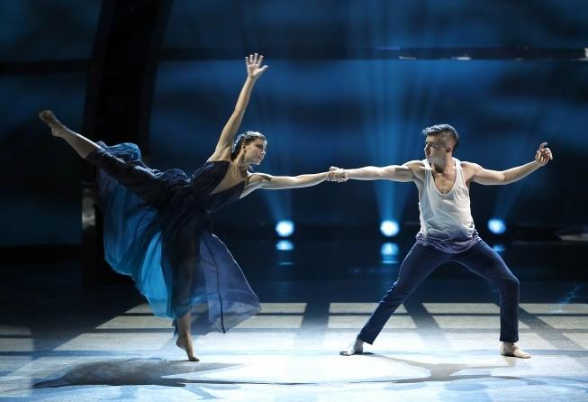 "Top 20 contestants Carly Blaney (left) and Rudy Abreu perform a Contemporary routine on ""So You Think You Can Dance."""