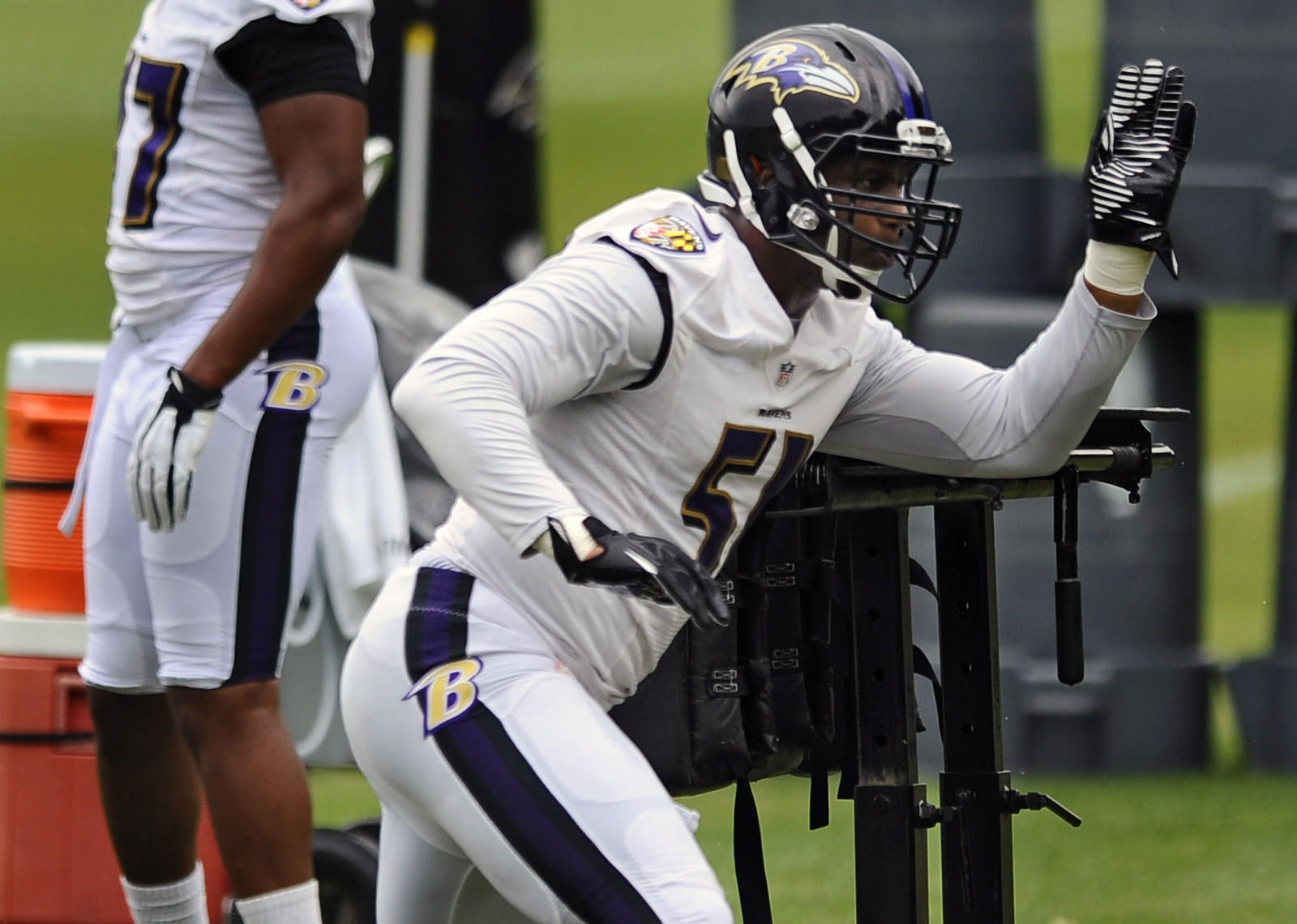 Ravens linebacker Daryl Smith works out on the last day of mandatory minicamp in June.