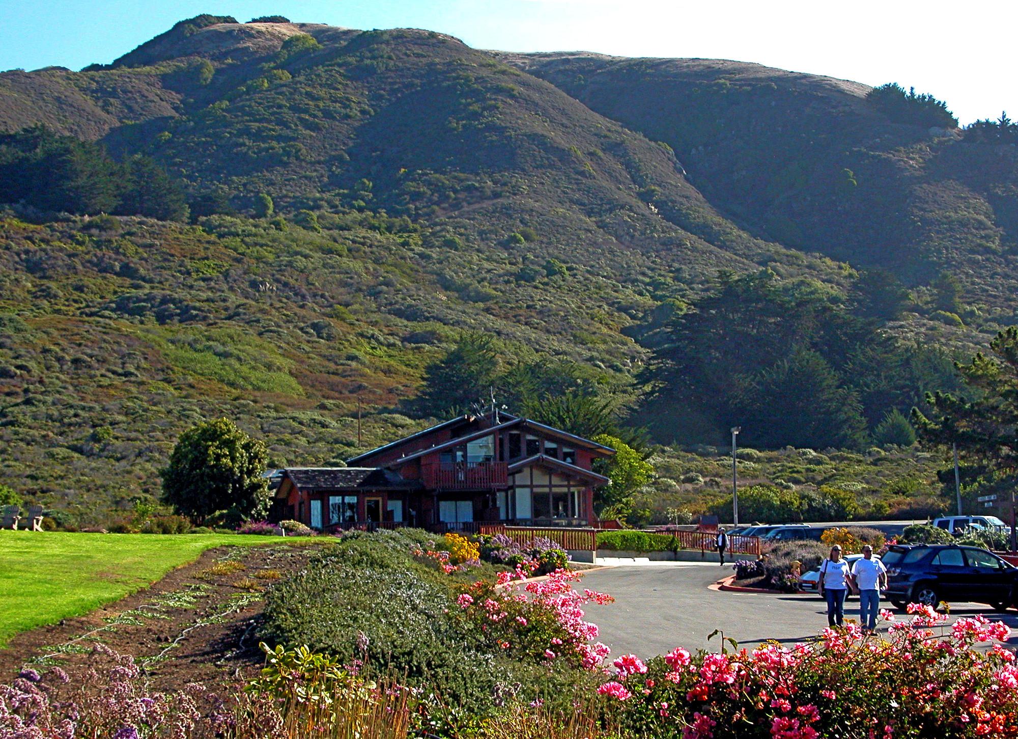 Ragged Point Inn & Resort on California