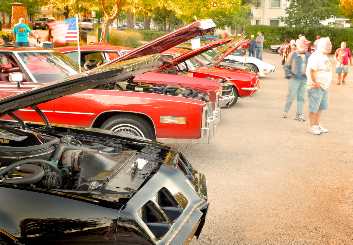 Summer cruise nights in Chicagoland