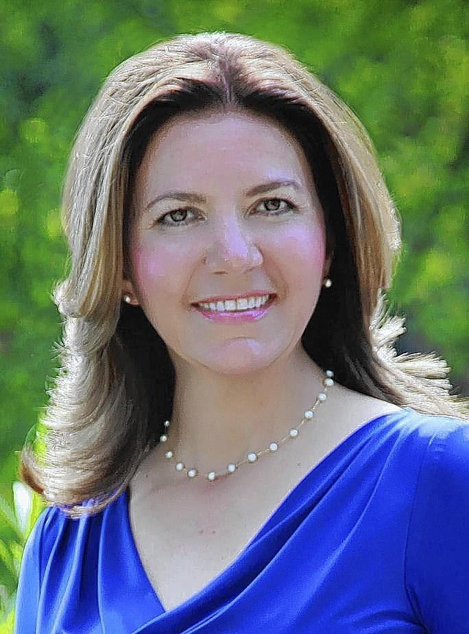 Macarena (Rena) Tamayo-Calabrese will succeed Peggy Frank as president and CEO of Naper Settlement living history museum.