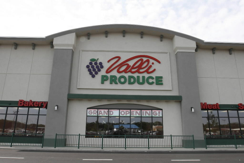 Valli Produce in Glendale Heights at its grand opening in 2008.