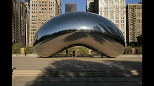 Time-lapse video: A day at Chicago's 'Bean'