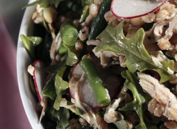 Farro salad with smoked chicken