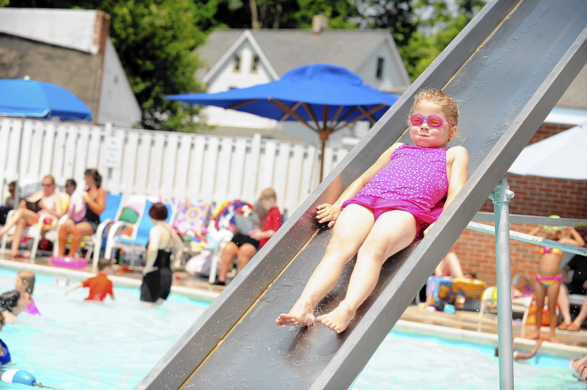 Family Atmosphere Is A Hit At Glyndon Swim Club Baltimore Sun