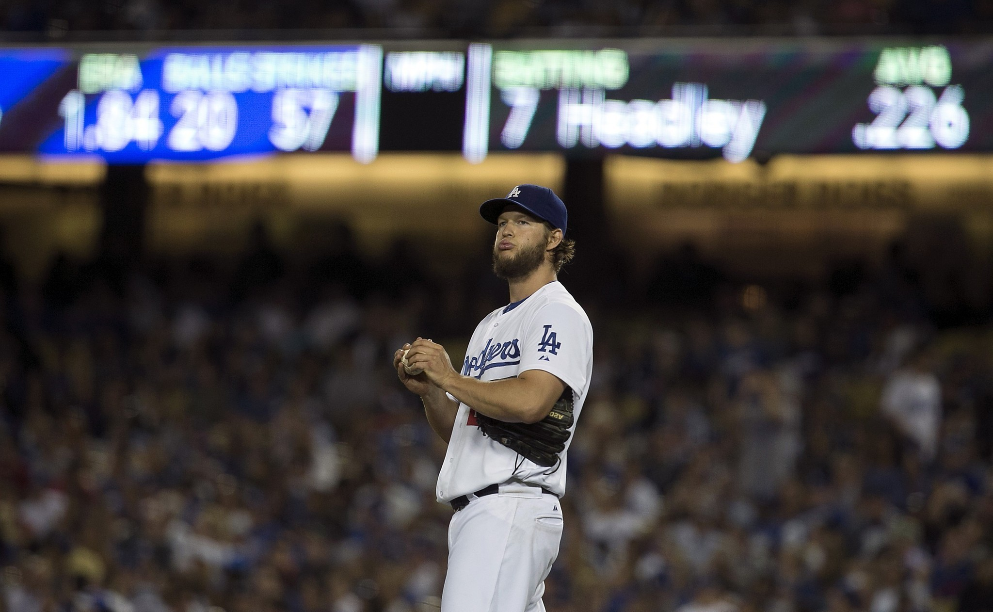 Clayton Kershaw's scoreless streak ends, but his victories continue