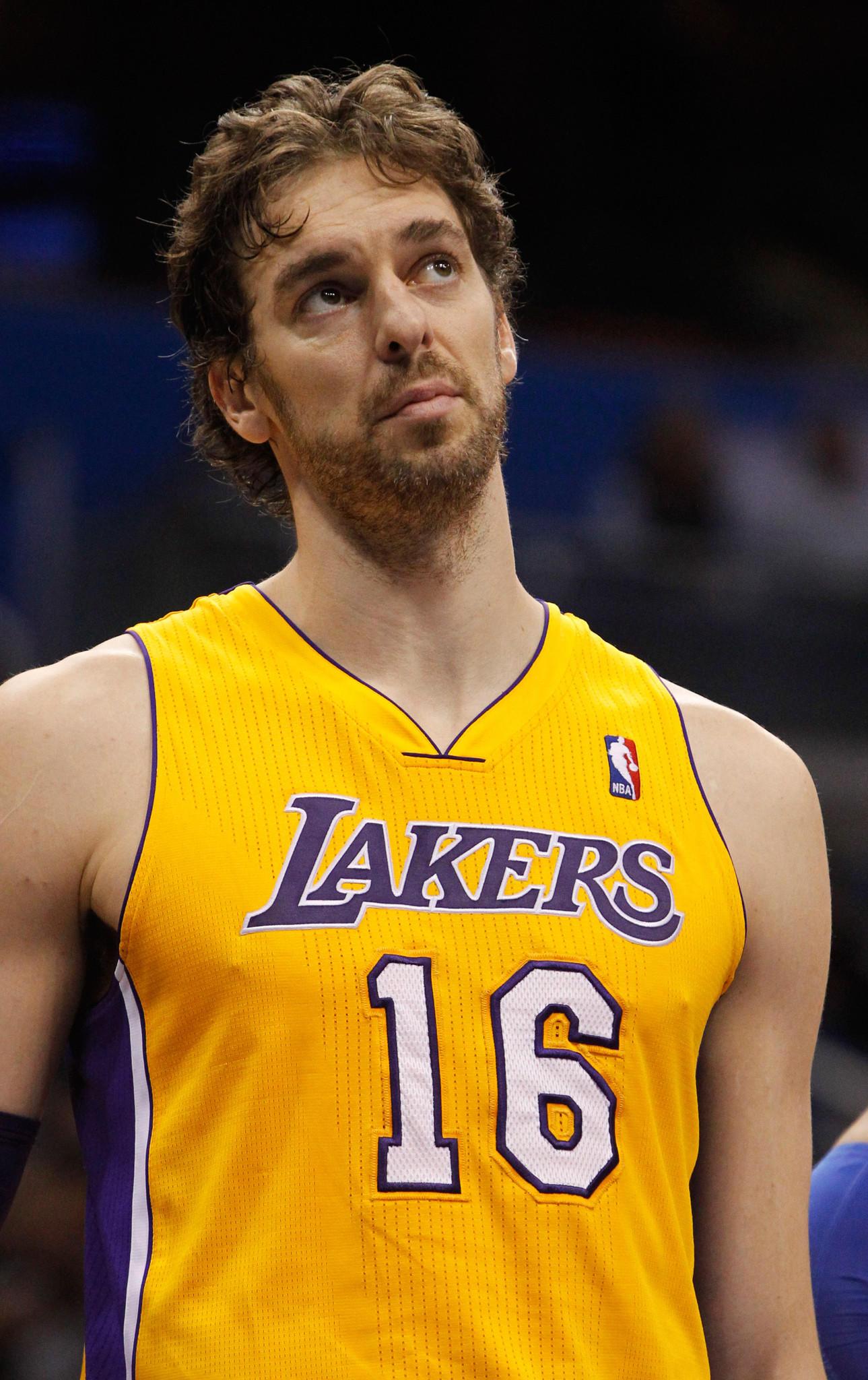 Los Angeles Lakers center Pau Gasol against the Orlando Magic.