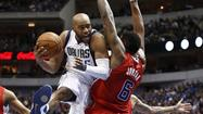 Vince Carter signs with Grizzlies