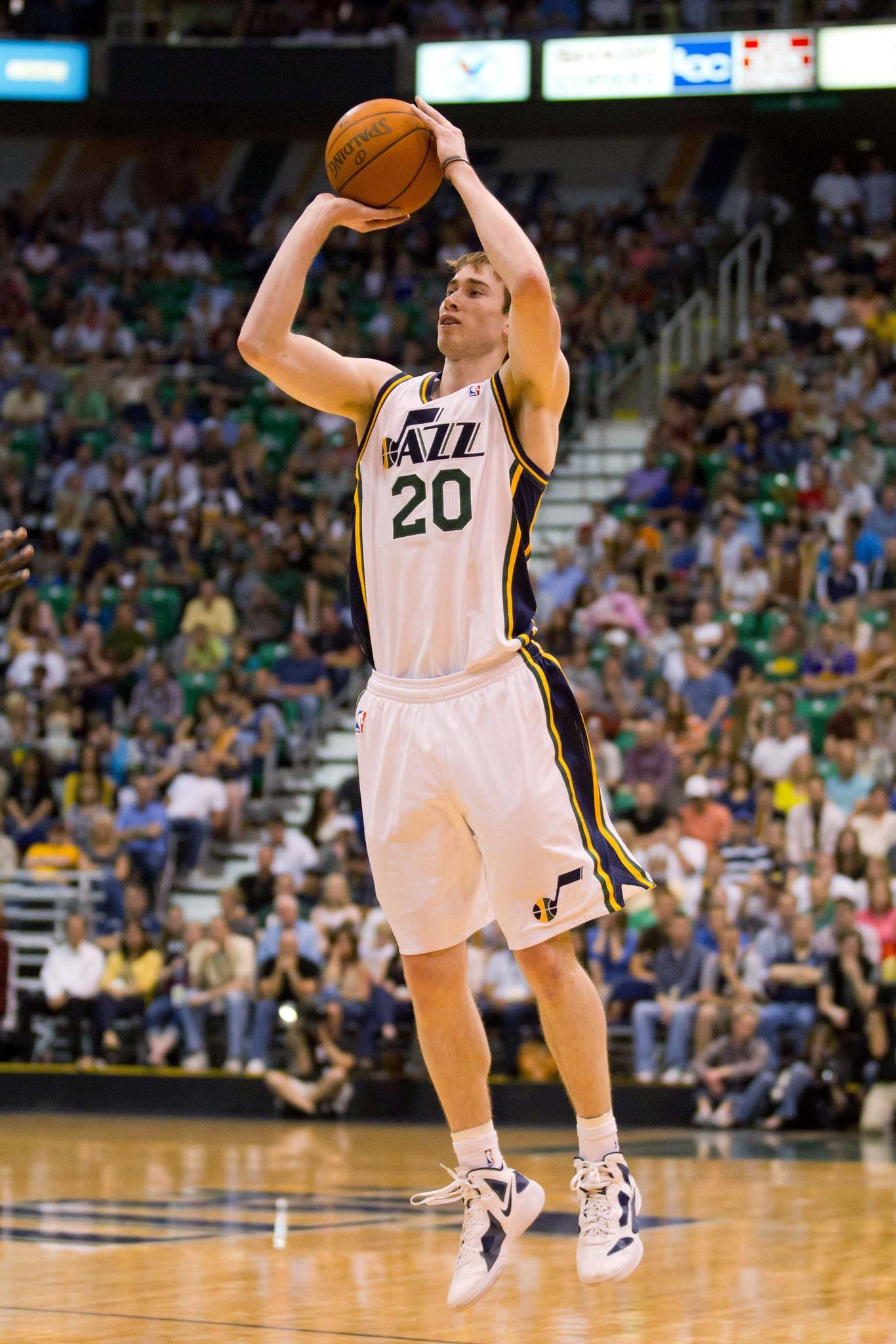 Jazz guard Gordon Hayward is staying in Utah despite an offer sheet from the Hornets.