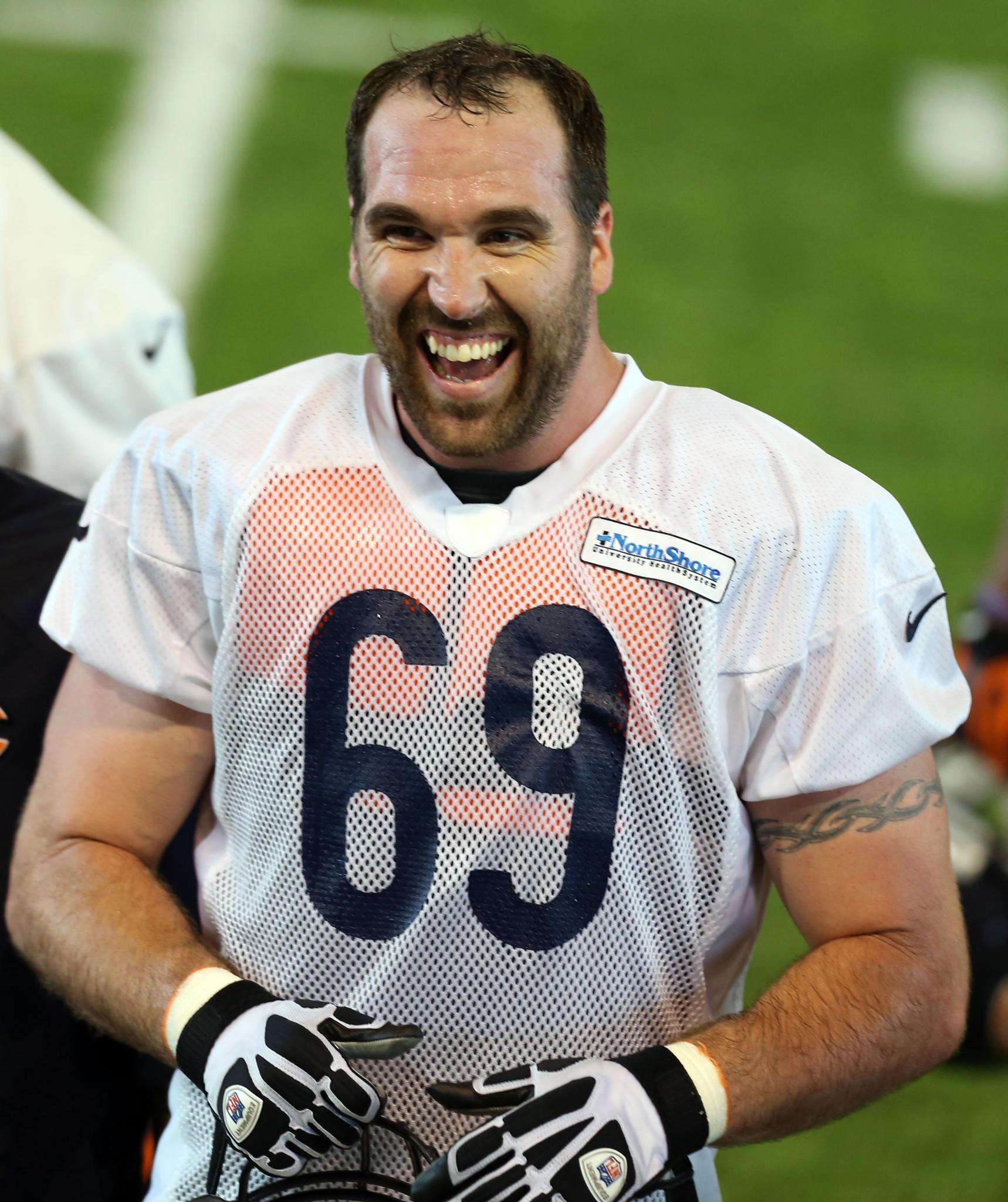 Bears defensive lineman Jared Allen.