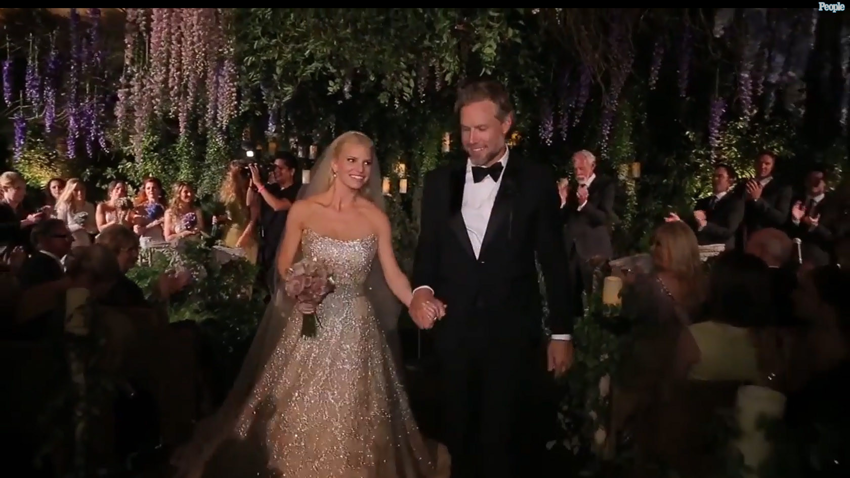 Jessica Simpson\'s wedding video shows off elegant, fun affair