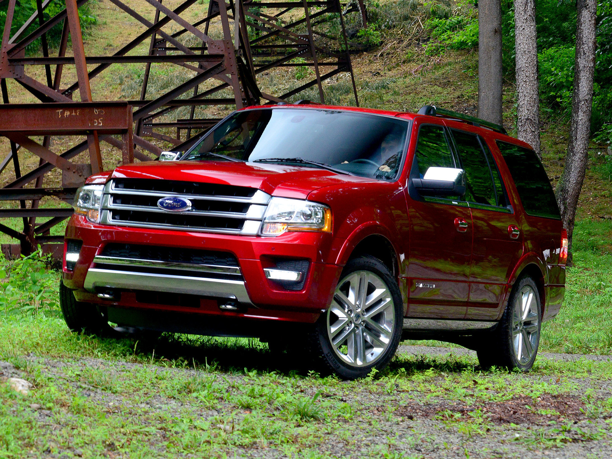 ford announces refreshed full size 2015 expedition suv drops v 8 la times. Black Bedroom Furniture Sets. Home Design Ideas