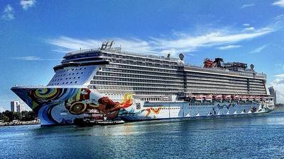 Norwegian Cruise Line bans balcony smoking