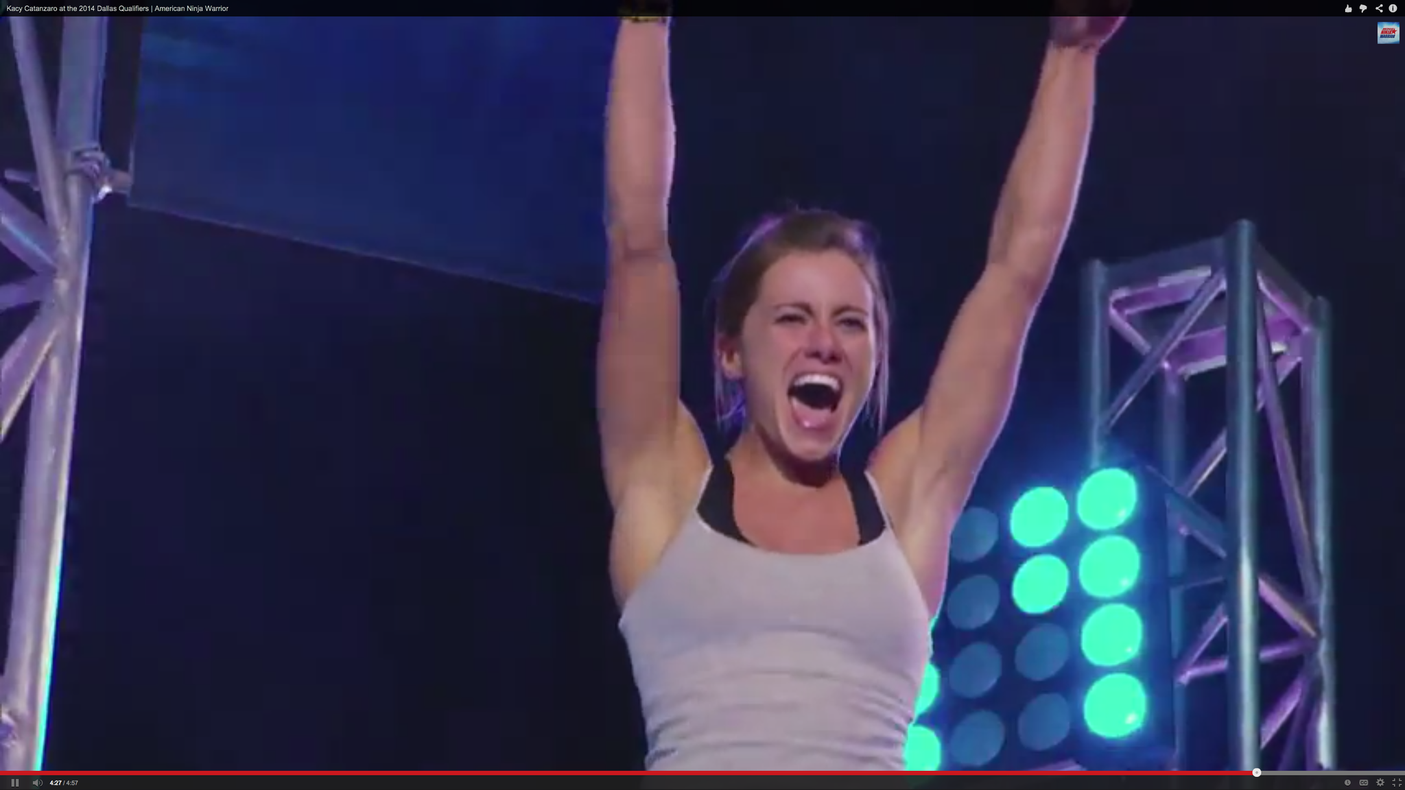 Video The First Woman Ever To Complete American Ninja Warrior Absolutely Crushes It