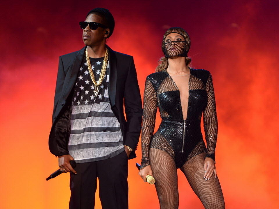 "Jay-Z and Beyonce perform during the ""On The Run Tour: Beyonce And Jay-Z"" at MetLife Stadium on July 11, 2014 in East Rutherford, New Jersey."