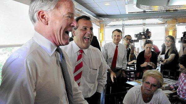 Chris Christie Visits Greenwich Alongside Tom Foley To Raise Money
