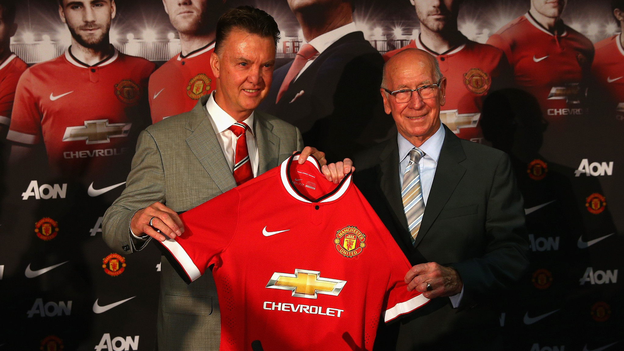Manchester United uniform is pricey real estate as Chevrolet