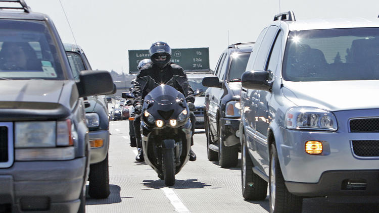 chp stuck in the middle on motorcycle lane-splitting