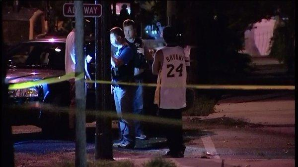 Raw: 17-year old girl shot in head on Cullerton